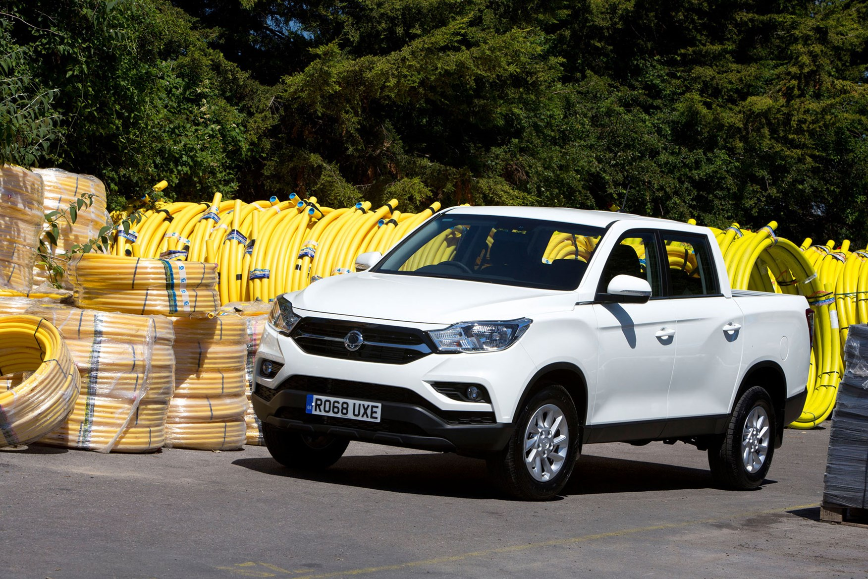 SsangYong Musso (2018-on) review, EX, front view, white