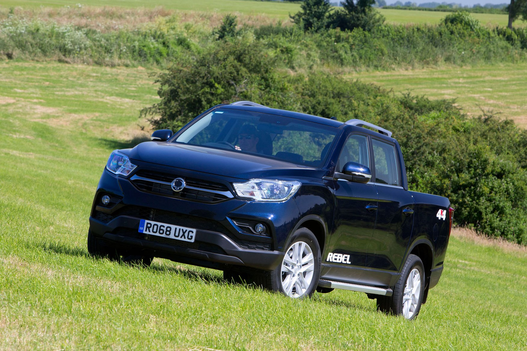 SsangYong Musso (2018-on) review, Rebel, front view, blue