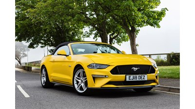 Ford Mustang Convertible 5.0 V8 GT (Custom Pack 2) auto (04/2018 on) 2d