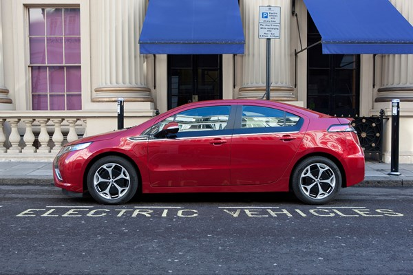 2014 Vauxhall Ampera - plug in hybrid/range extended electric vehicle