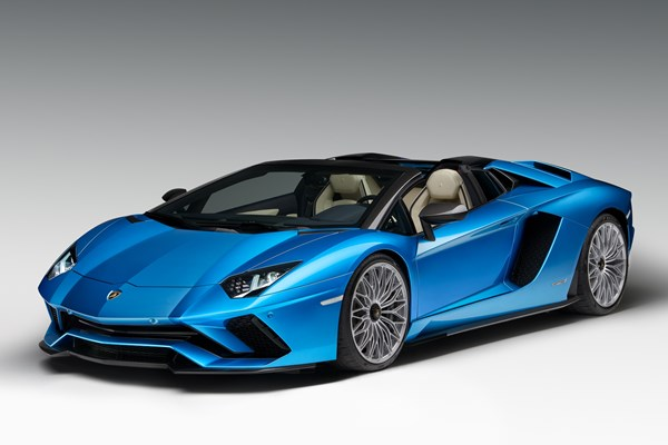 Lamborghini Aventador Roadster (12 on) - rated 4.4 out of 5