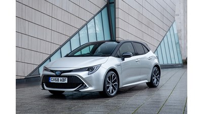 Toyota Corolla Hatchback Excel (Skyview Panoramic Roof) Hybrid 2.0 VVT-i auto 5d