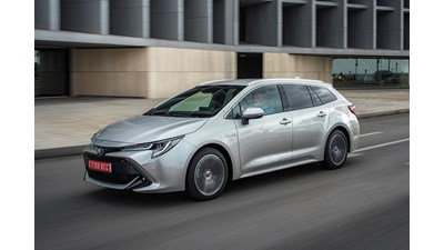 Toyota Corolla Touring Sports Design (Skyview Panoramic Roof) Hybrid 2.0 VVT-i auto 5d