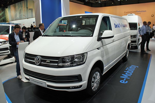 vw e transporter and e caddy electric vans uk on sale info. Black Bedroom Furniture Sets. Home Design Ideas