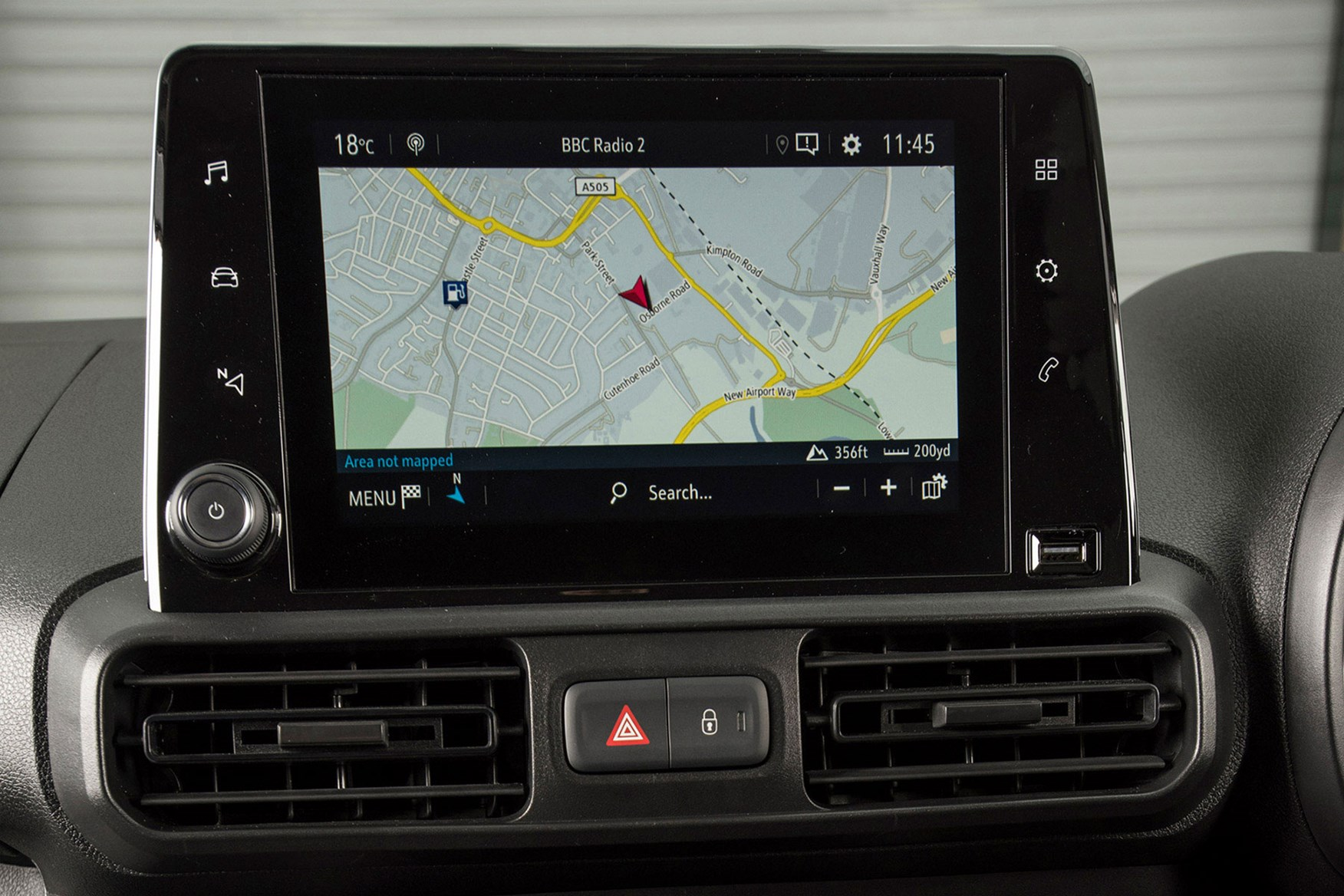 Vauxhall Combo 2019 review - sat-nav screen
