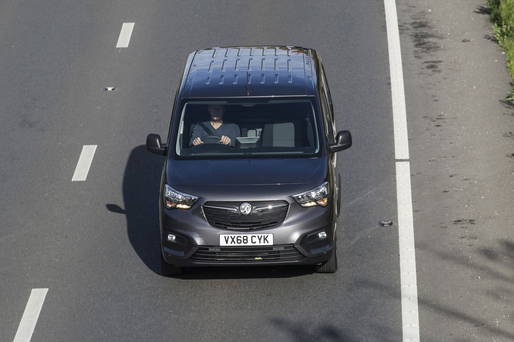 Vauxhall Combo 2019 review - grey, overhead driving shot