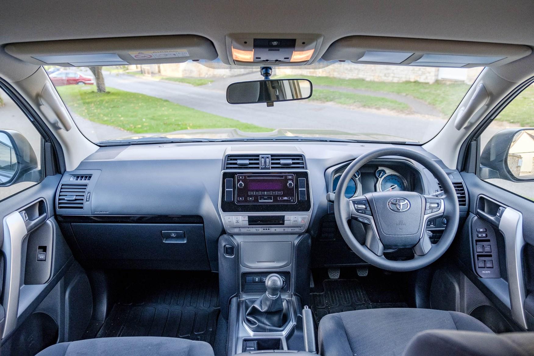 Toyota Land Cruiser Utility dashboard