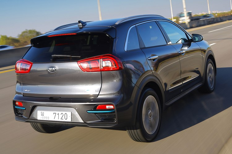 Grey 2019 Kia e-Niro rear tracking