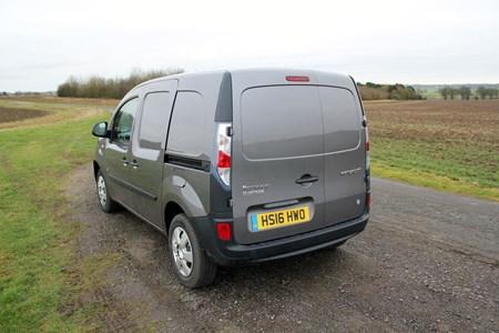 Renault Kangoo ZE (pre-2017) electric van review | Parkers