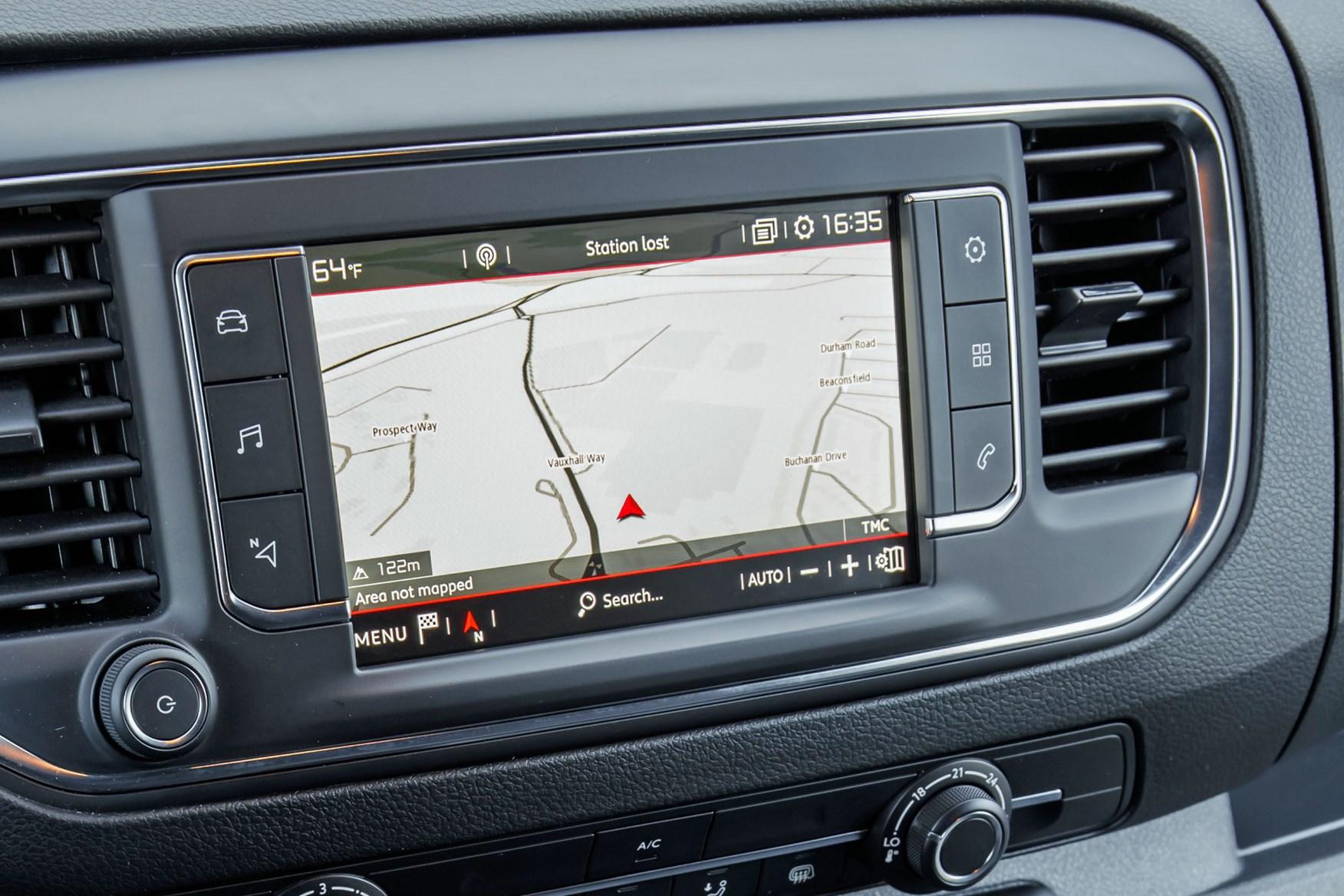 Vauxhall Vivaro review - top-spec infotainment system with sat-nav