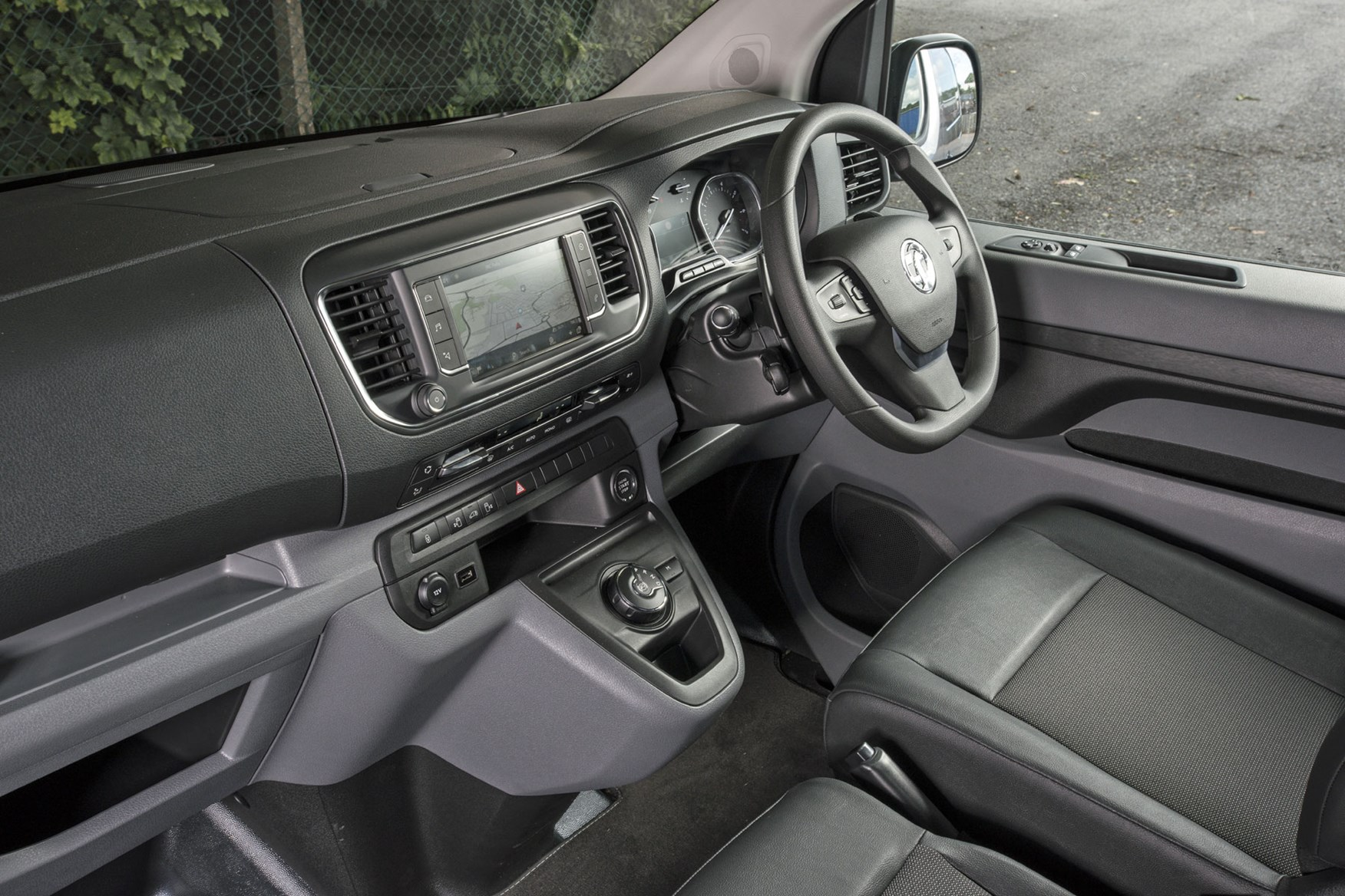 Vauxhall Vivaro review - right-hand drive cab interior with eight-speed automatic gearbox
