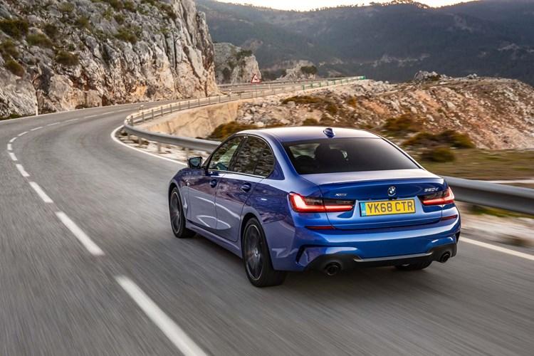 2018 blue BMW 3 Series rear