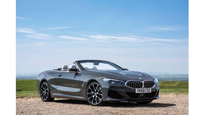 BMW 8-Series Convertible 840d xDrive auto 2d
