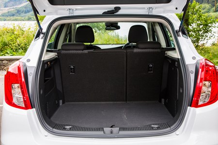Vauxhall Mokka Dimensions >> Vauxhall Mokka 2019 Practicality Boot Space Dimensions