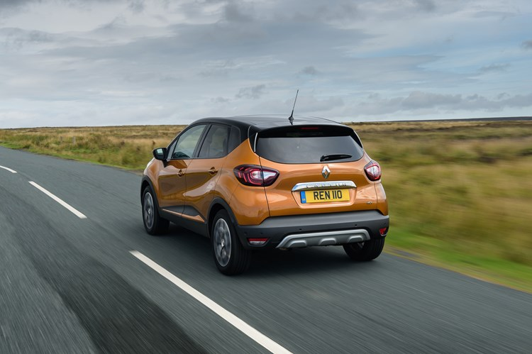 Renault Captur rear