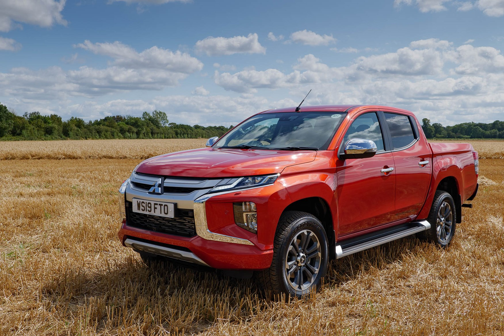 2019 Mitsubishi L200 Series 6, Barbarian X in Sunflare Orange