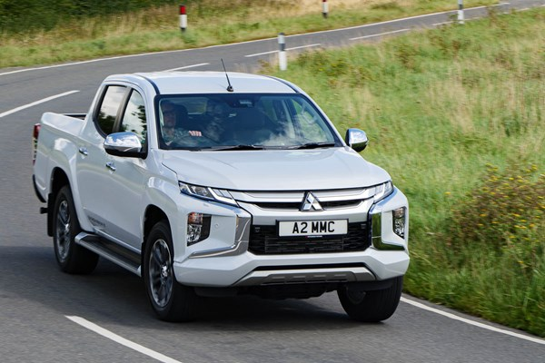 Mitsubishi L200 review (2019-on) | Parkers
