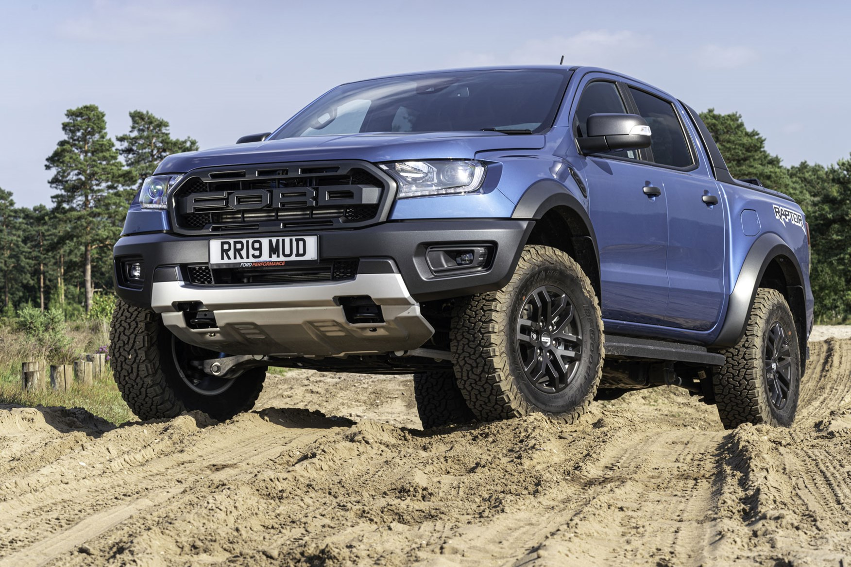 Ford Ranger Raptor review - front view, blue, off-road, 2019