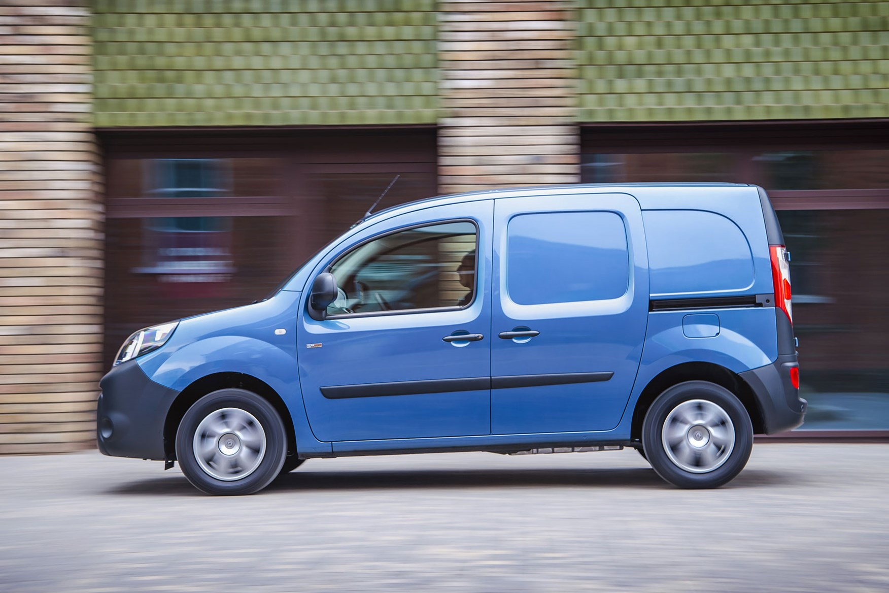 Renault Kangoo ZE review 2020 - side view, blue, driving