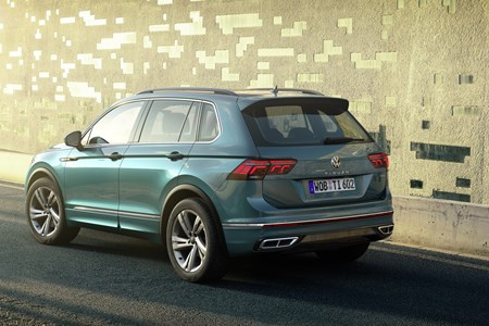 Vw Tiguan Gets Major Refresh With New Tech And Plug In Powertrain Parkers
