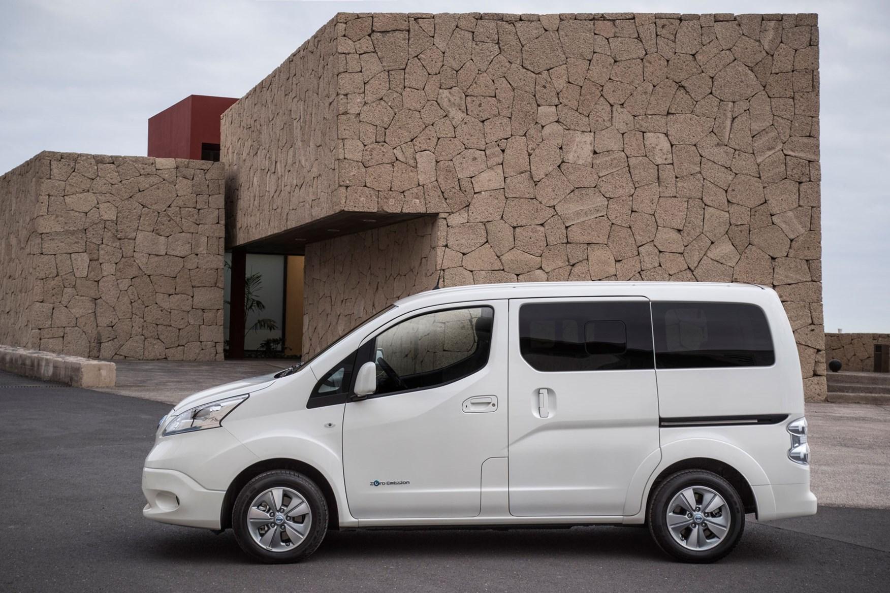 Nissan e-NV200 review, 2020, white, Evalia