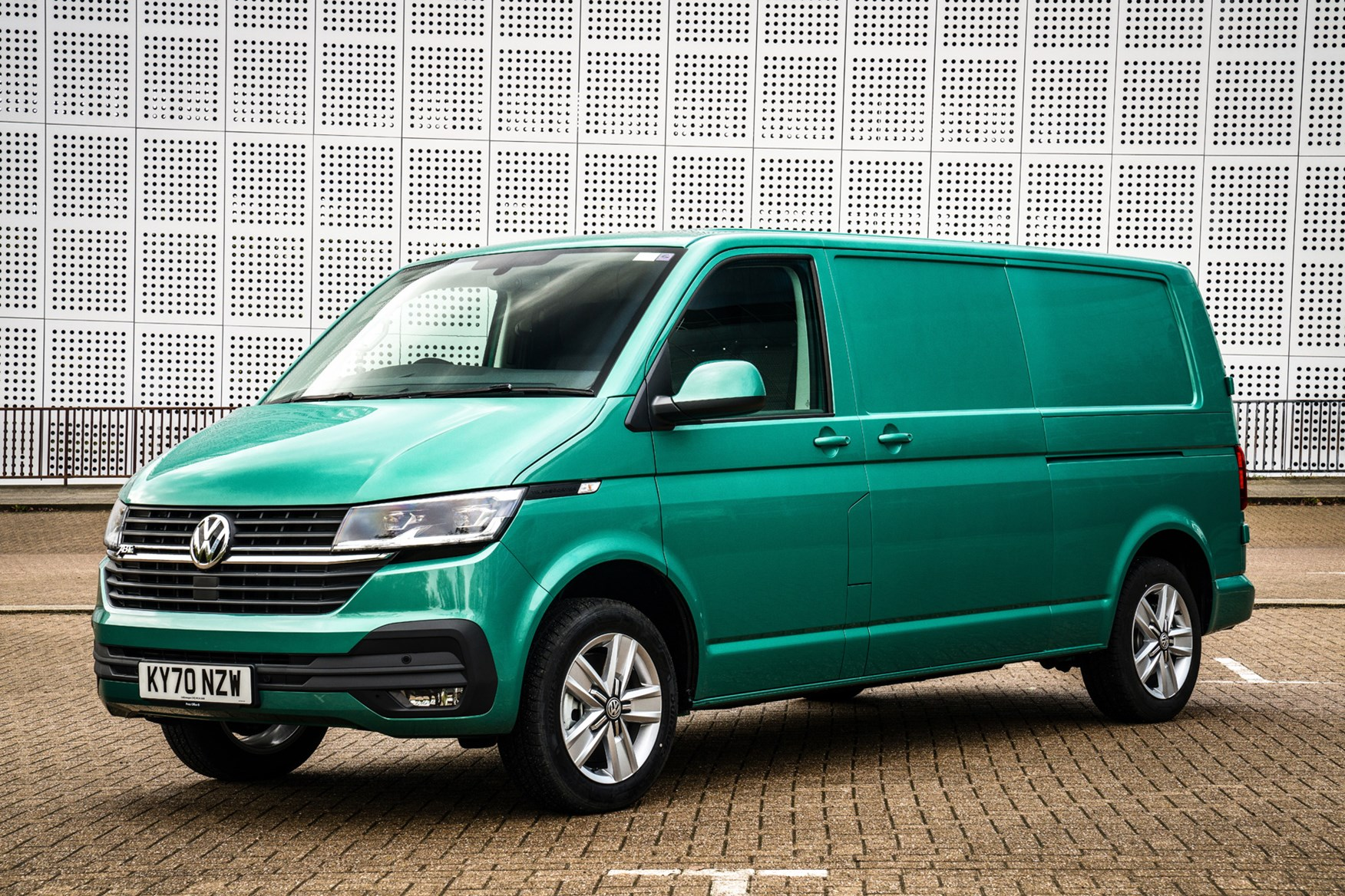 Volkswagen e-Transporter electric van review, 2020, front view, green