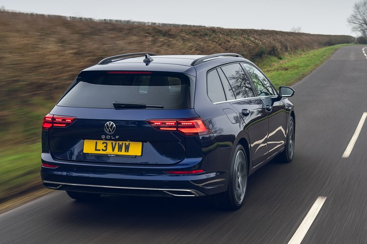 Volkswagen Golf Estate (2021) review, driving