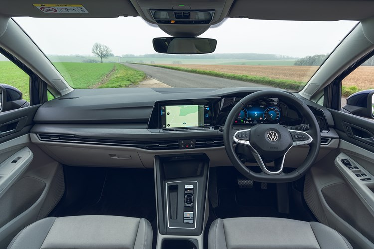 Volkswagen Golf Estate (2021) review interior view