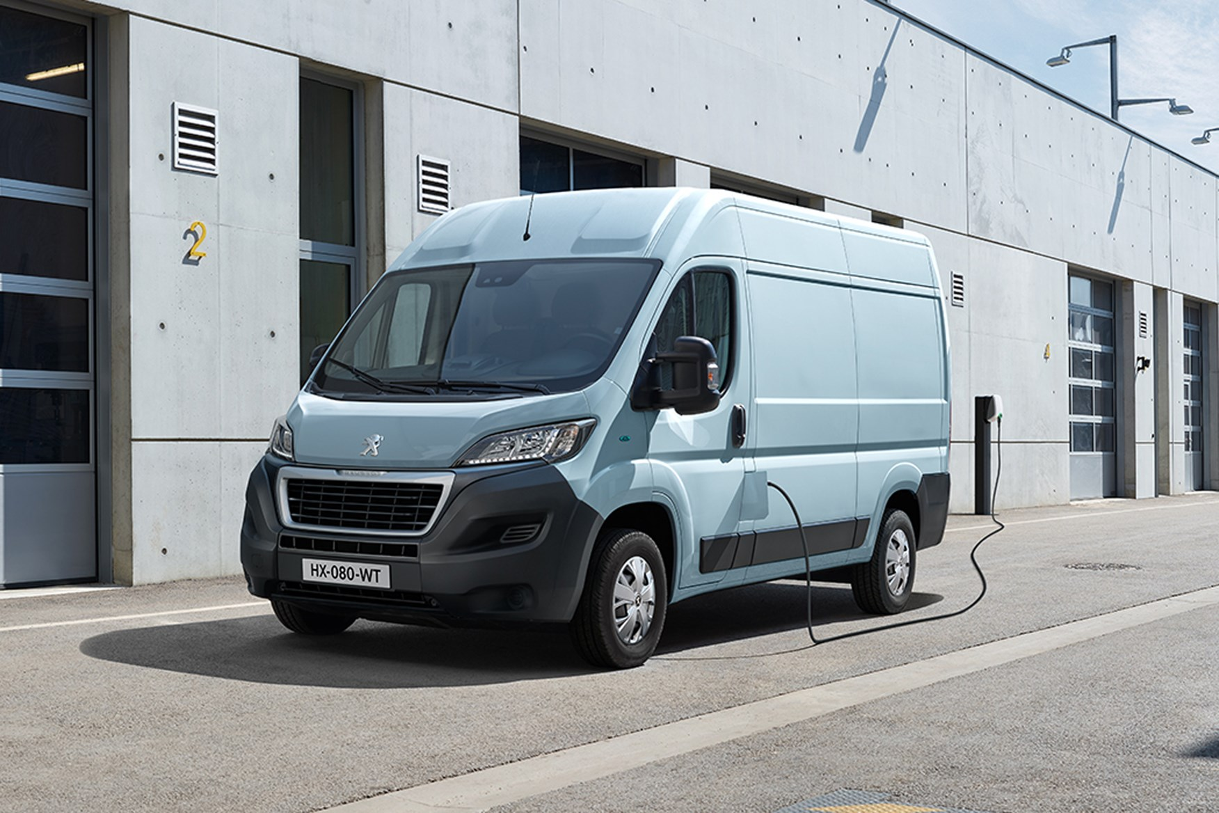Peugeot e-Boxer electric van: pricing, spec, driving range and ...