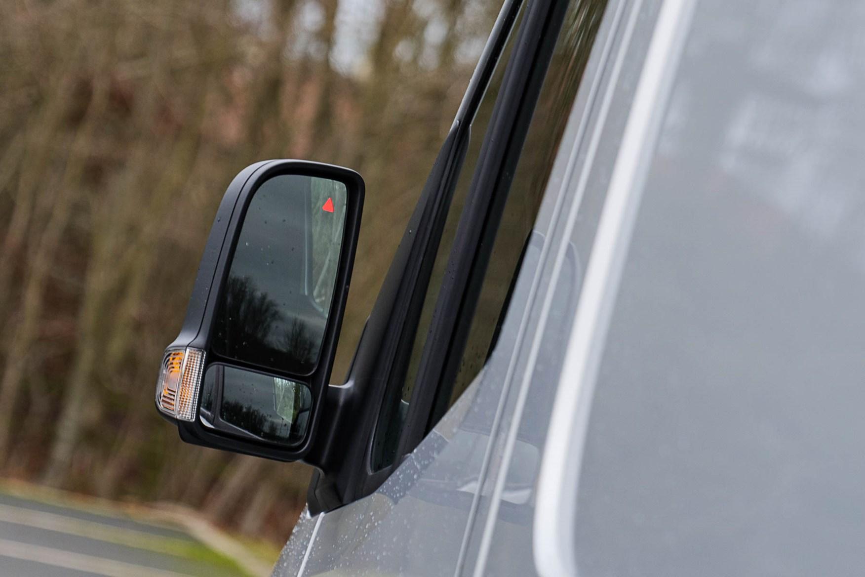 2020 Mercedes-Benz eSprinter - rear-view mirror