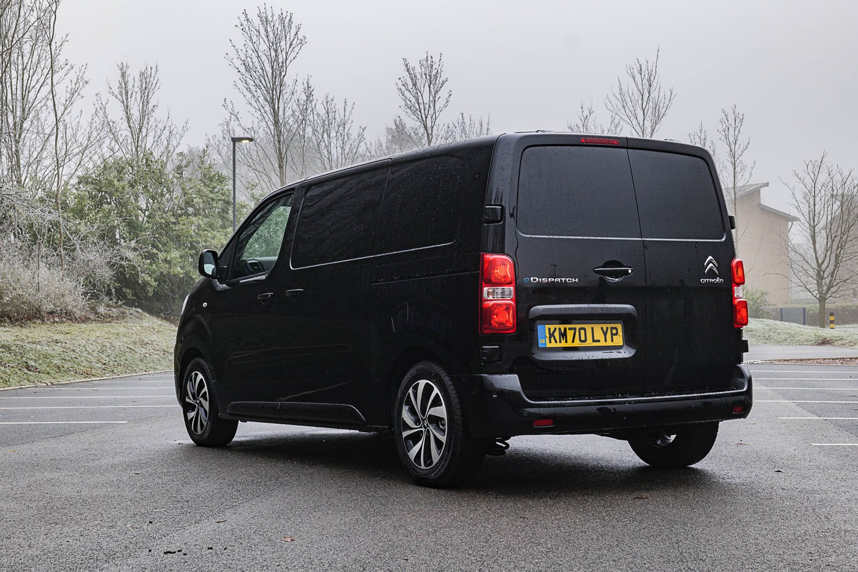 Citroen e-Dispatch rear, black, M 75kWh