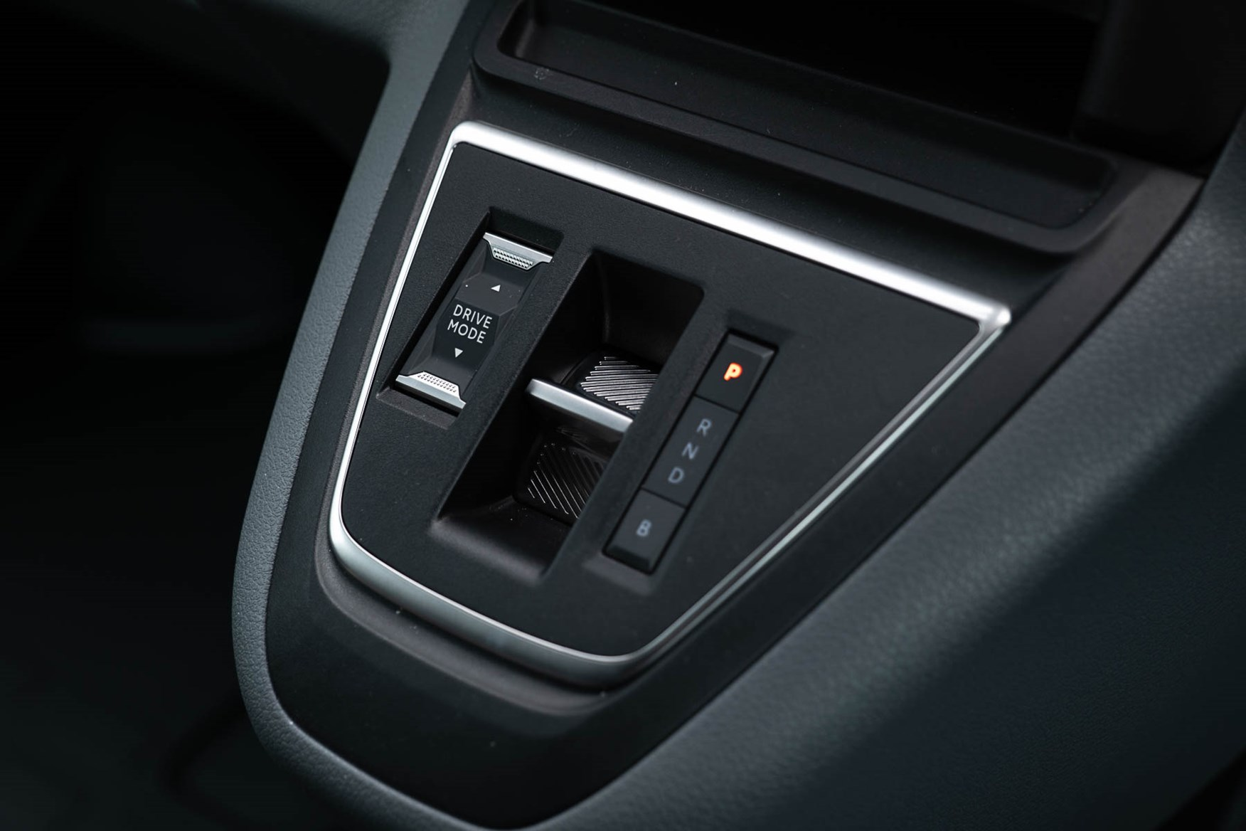 Citroen e-Dispatch gear selector with drive mode