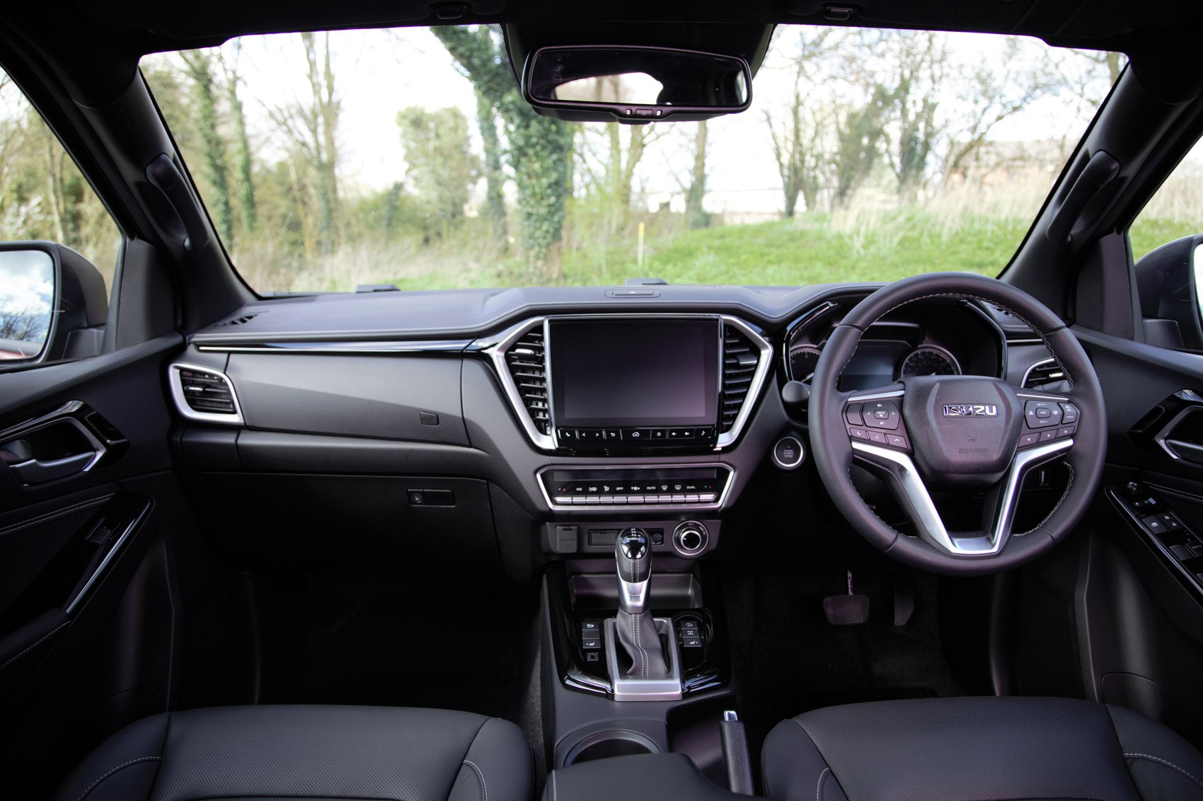 Isuzu D-Max review, 2021, V-Cross cab interior with six-speed automatic transmission