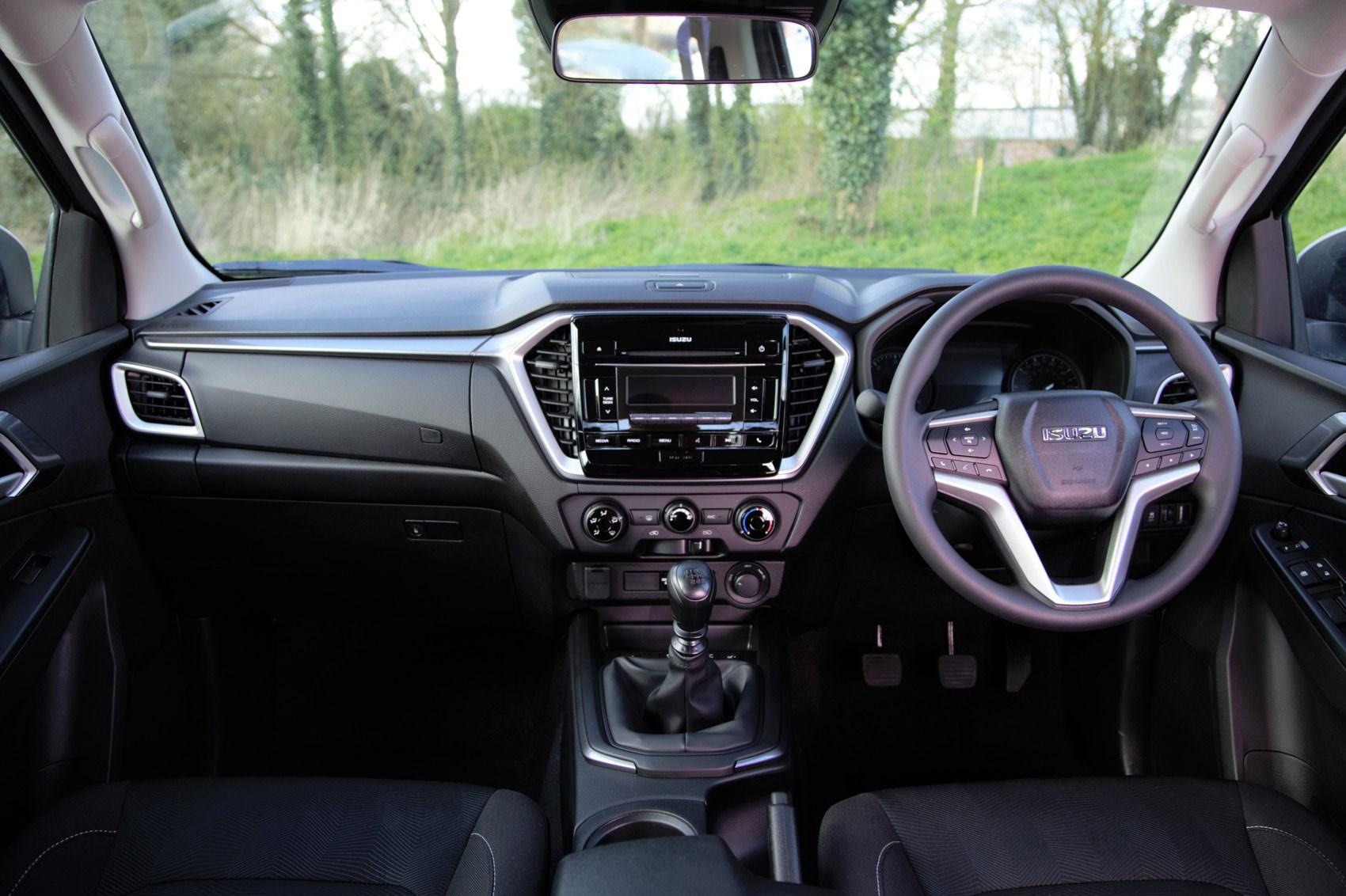 Isuzu D-Max review, 2021, DL20 cab interior