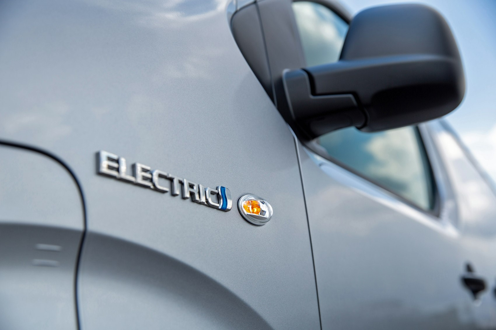 Toyota Proace Electric van review, Electric badge on front wing