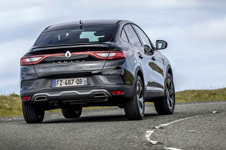Renault Arkana (2021) review, cornering