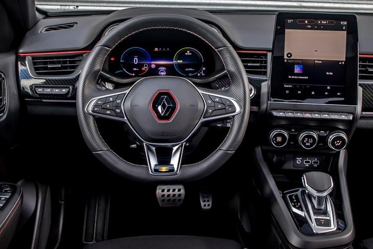 Renault Arkana (2021) review, interior